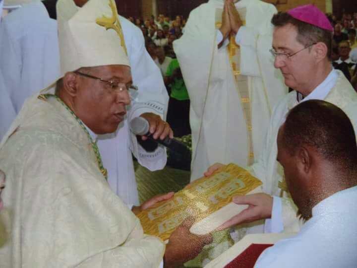 Aniversário de Ordenação Episcopal – Dom Ailton Menegussi