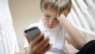 Tecnologia, crianças, adolescentes e ansiedade: o que fazer?